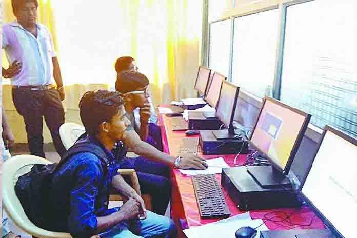 computer operators 16127158991