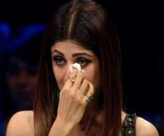 25 07 2021 shilpa shetty cry in front of crime branch 21862571